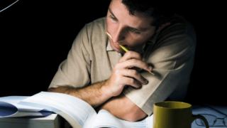【大学受験諦めるべき?】第一志望・現役合格を諦める見極め時期を解説